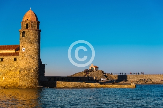 Collioure ,son clocher et sa chapelle